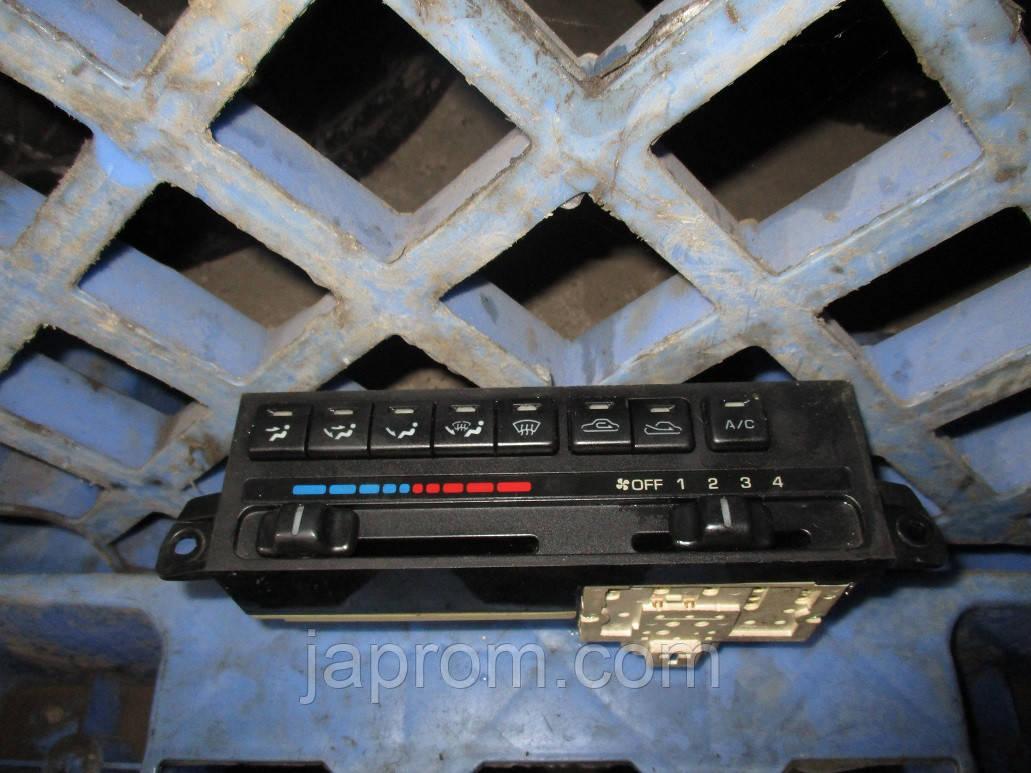 Блок управления печкой (отопителем) кондиционером Mazda 323 BA