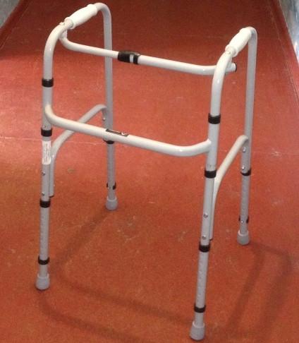 Ходунки для инвалидов, пожилых людей