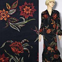 Велюр стрейч черный в крупные терракотовые цветы, ш.135 ( 17418.001 )