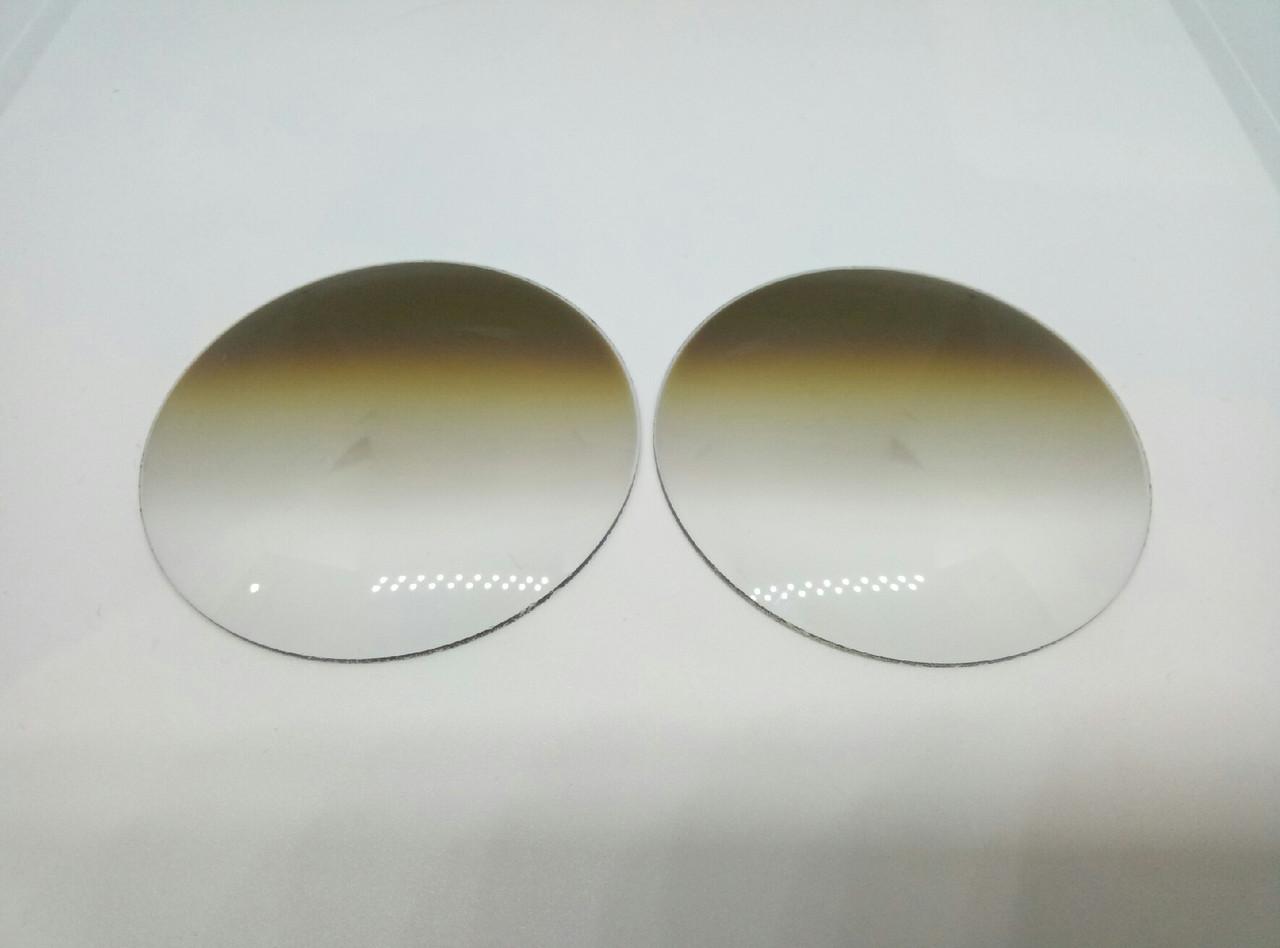 Линзы для очков +3.25 стекло, коричневая дигрессия!