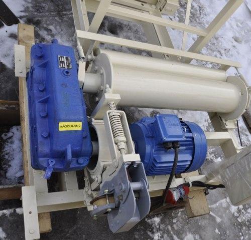 Высота подъёма Н-31 метров. Строительные подъёмники для отделочных работ г/п1500 кг, 1,5 тонны.
