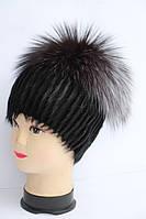 Стильна модна жіноча шапка з хутра нутрії і чорнобурки