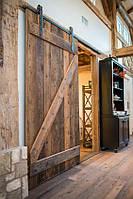 Раздвижные амбарные двери в скандинавском стиле