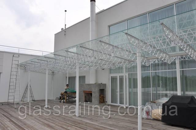 Стеклянное накрытие террасы