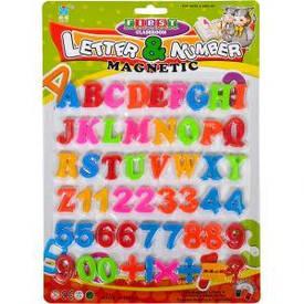 Английские буквы, цифры и знаки на магните 20,5×28,5 см                8305