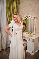Вечернее белое платье с бантом на плече