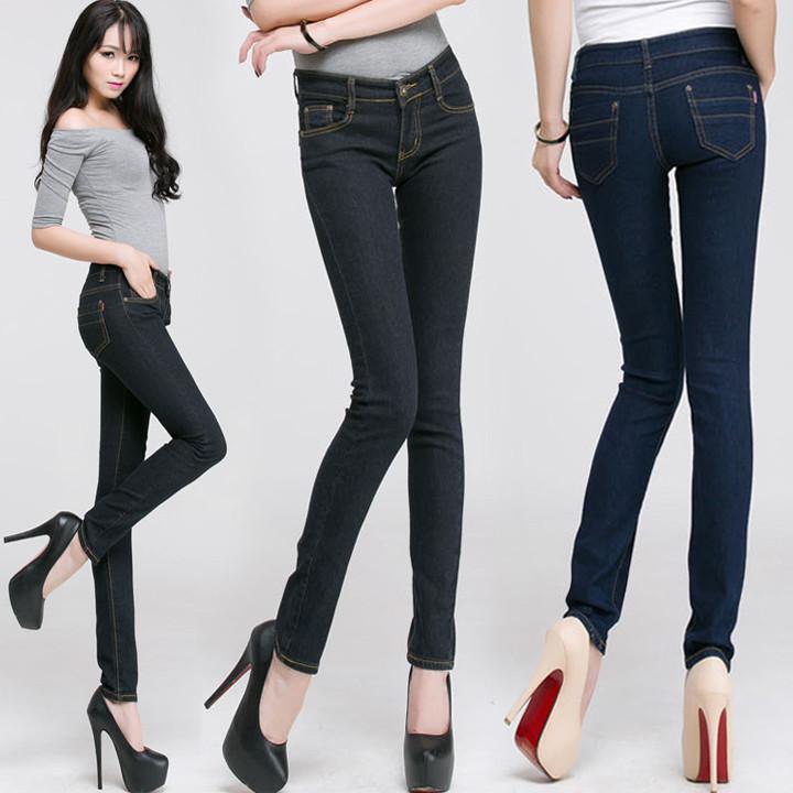 Обтягивающие джинсы,