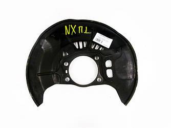 Пыльник тормозного диска левый Lexus NX 14-19 (Лексус НХ)  4778242050