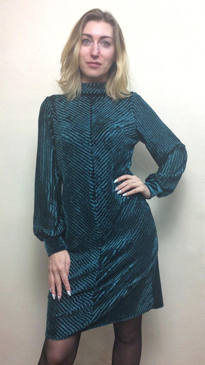 Женское нарядное платье из велюра-плиссе П224