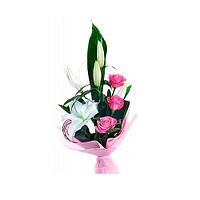 """Букет из роз и лилий """"Маленький каприз"""""""