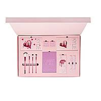Набор косметики Kylie Jenner (розовый)