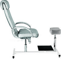 Кресло для педикюра с подставкой под ванночку Aramis