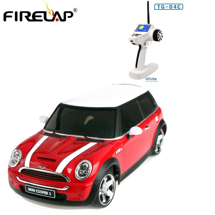 Модель машины на радиоуправлении Firelap 1:28 IW04M Mini Cooper 4WD (красный)