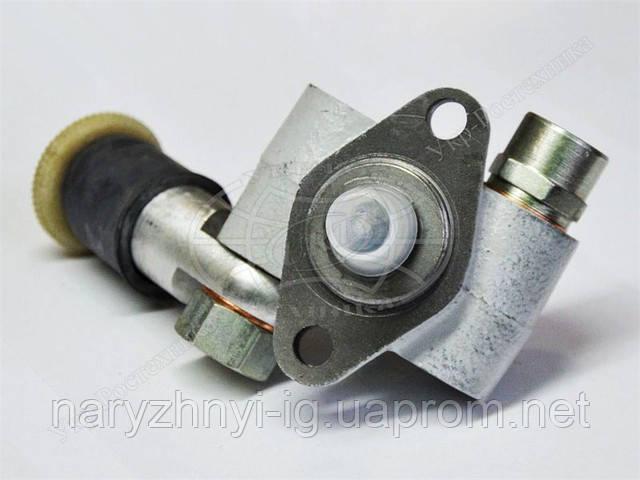 Топливный насос низкого давления  ТННД КАМАЗ 323.1106010