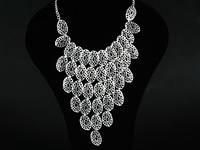 Ожерелье белый металл