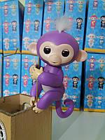 Игрушка для детей обезьянка Fingerlings Monkey Мия на АККУМУЛЯТОРАХ сиреневая