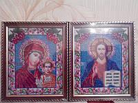 Картина вышита бисером в рамке Матерь Божья и Иисус Христос