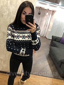 Женский вязаный свитер под горло с классическим арнаментом , 3 цвета