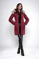 Зимняя женская куртка с вшитым капюшоном бордовая