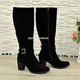 Сапоги зимние замшевые женские на невысоком устойчивом каблуке, цвет черный, фото 3
