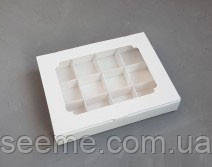 Коробка подарункова з віконцем для 12 цукерок, 200х155х30 мм.