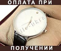 Женские часы MOVADO