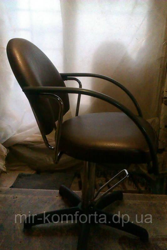 Перетяжка меблів для перукарень і салонів