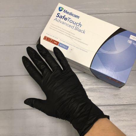 Перчатки нитриловые черные 6г/м² размер M (50 п.) текстурированные неопудренные SafeTouch Advanced
