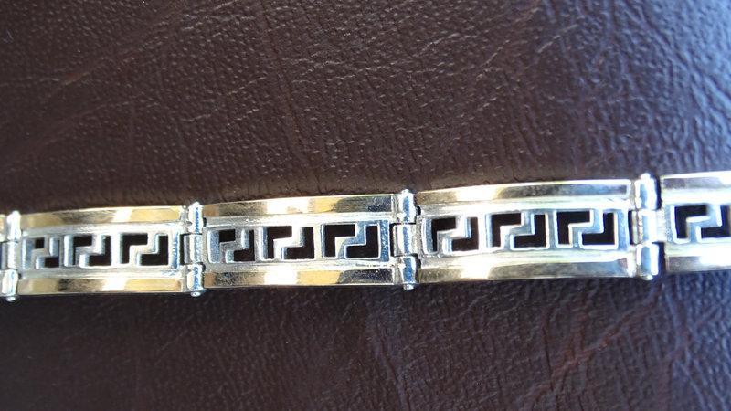 Серебряный браслет с золотыми пластинами
