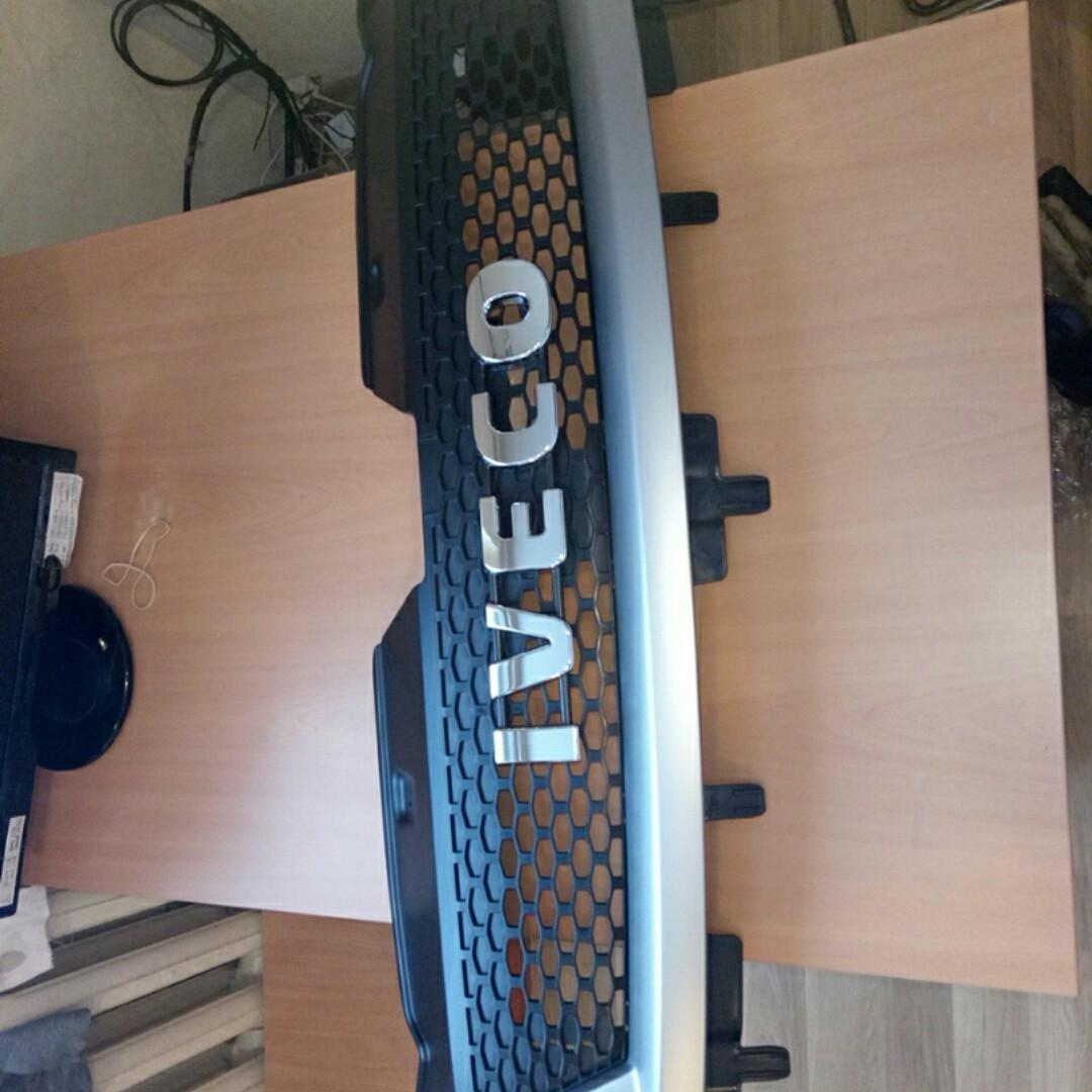 Решетка радиатора Е5 IVECO 5801255766
