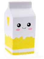 Сквиши  антистресс Пакетик Молока, желтый