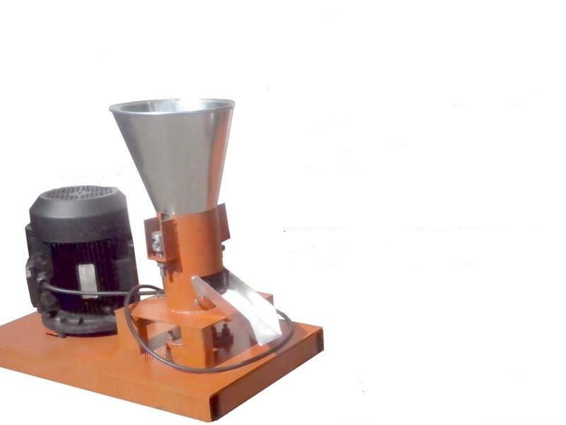 Гранулятор комбікорму побутової з плоскою матрицею 120мм 2,2 квт 380в до 60кг/год