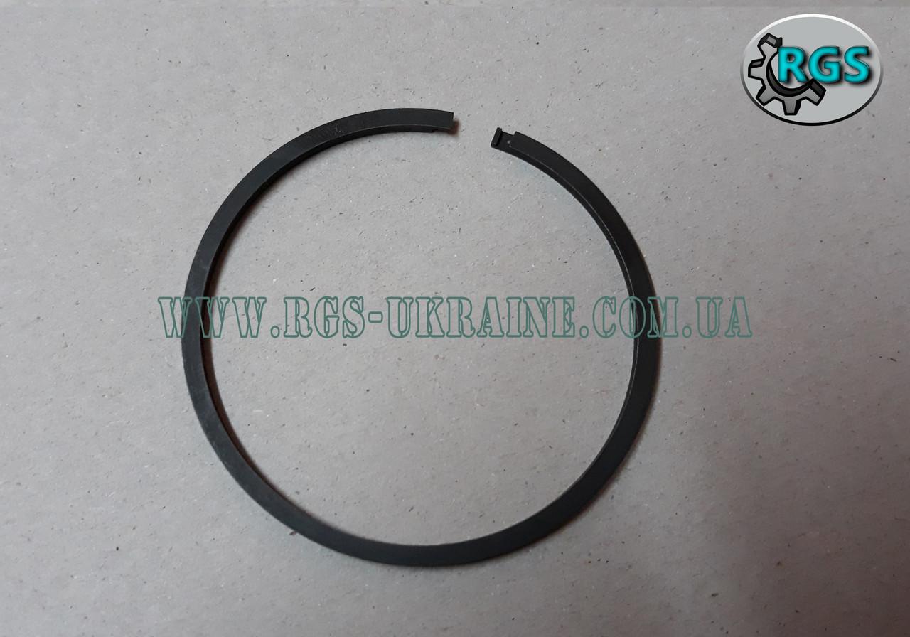 Кольцо гётце К1108970