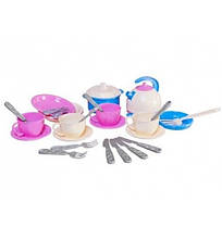 1653 Набор детской посудки Маринка 11 пластмасса Технок