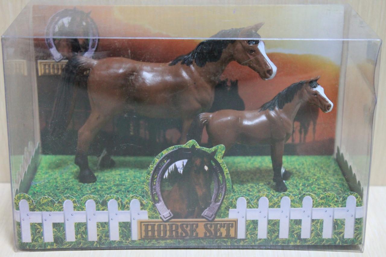 9512A-C Животные Лошади 2 шт в коробке 28*15*12см