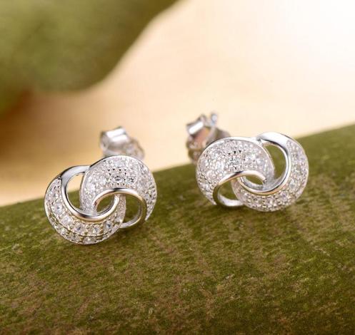 Серебряные серьги  из стерлингового серебра 925 пробы