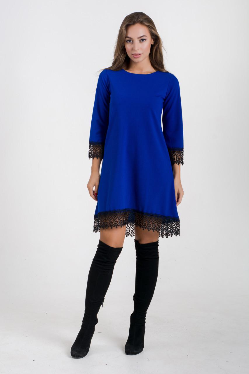 Коктейльное платье с кружевом 48