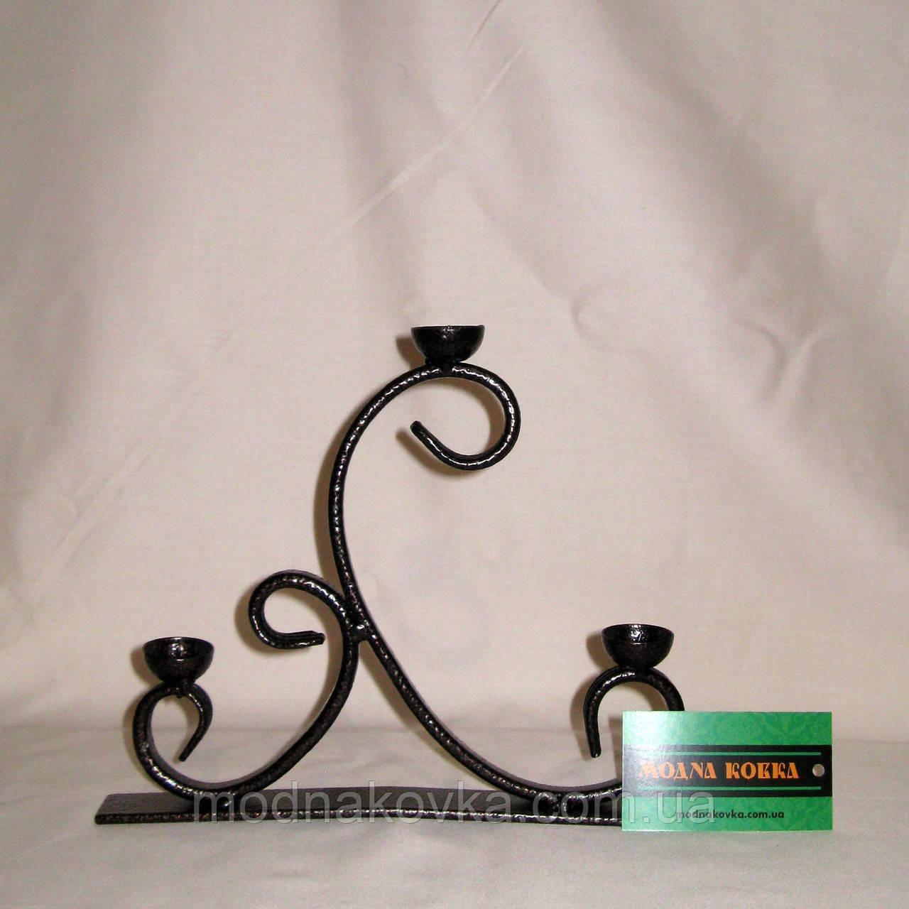 Кованый подсвечник на 3 свечи Ладо