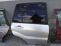 Двері задні праві Toyota RAV 4 2000-2006 рік