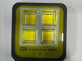 Светодиодный фонарь прожектор IP67 200 W