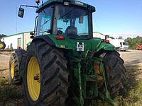 Трактор John Deere 8200
