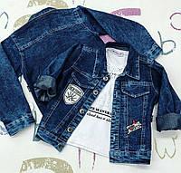 Курточка джинсовая на мальчика . 5 лет