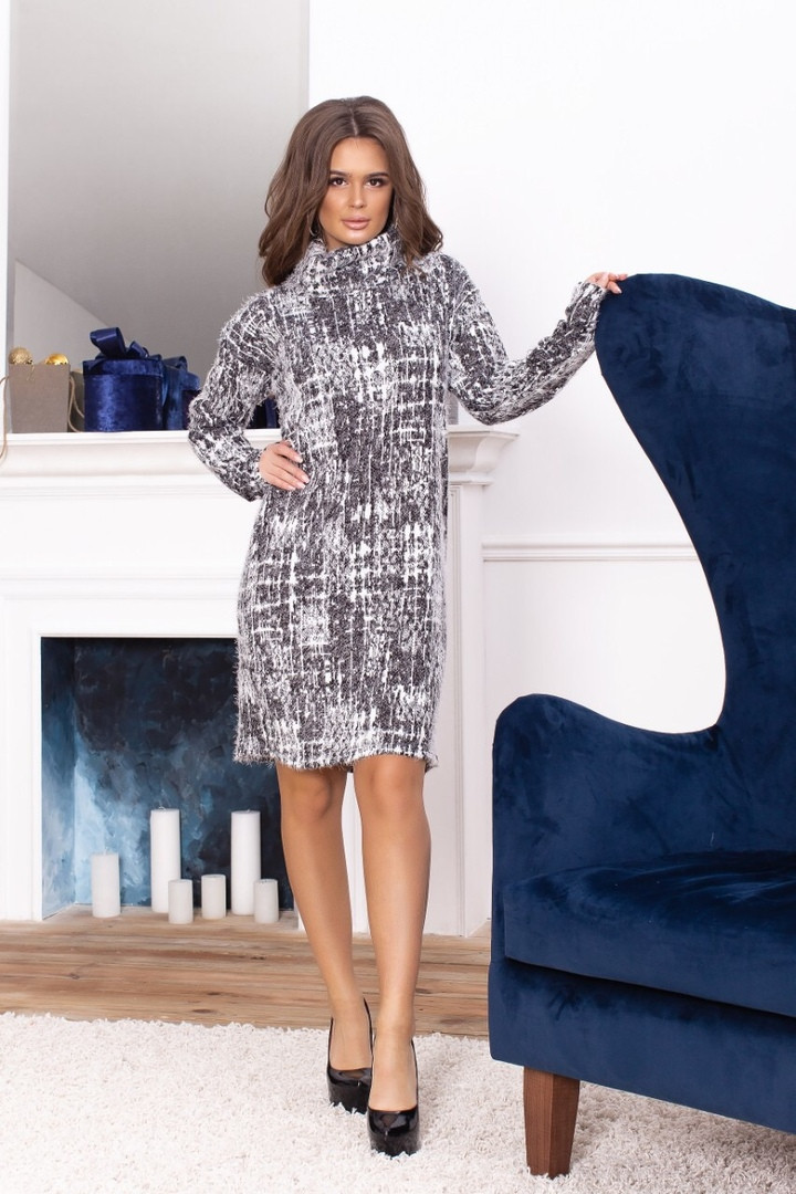 646cda1f12a Теплое вязаное платье прямого кроя