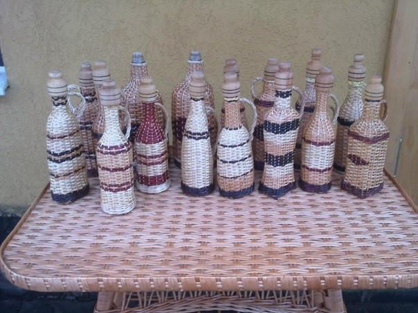 Плетеные бутылки и бутыли
