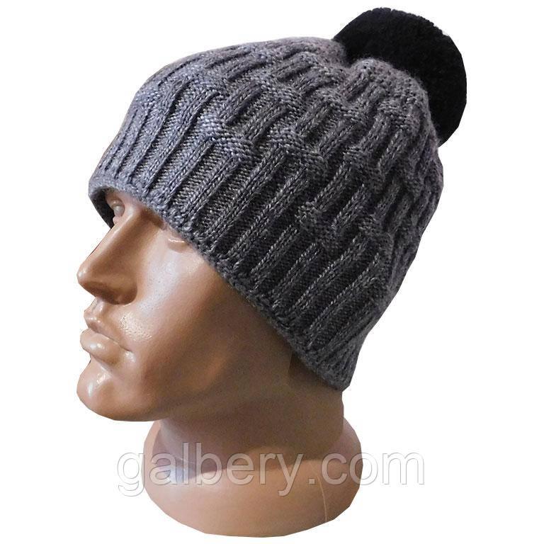 Мужская зимняя шапка с помпоном