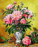 Картины по номерам 40×50 см. Ваза с пионами и Кентерберийскими колокольчиками Художник Альберт Уильямс