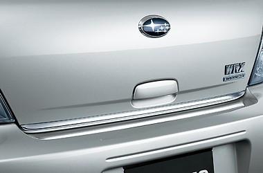 Молдинг пятой двери аксессуар Subaru Impreza 06-08 оригинал (E755EFE000)