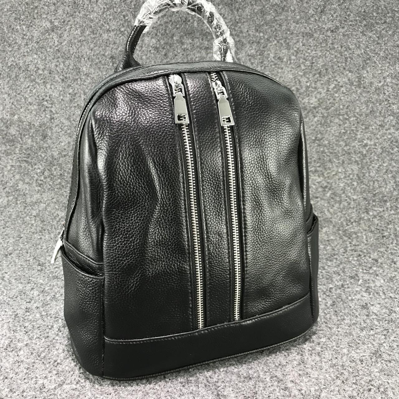 Рюкзак с двумя карманами на молнии спереди  / натуральная кожа Черный