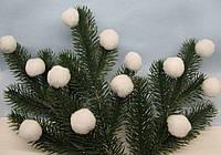 Шарики - помпоны белый D - 3 см, 10 шт - 7 грн