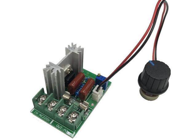 Регулятор напряжения 50...220В (2кВт) с выносным регулятором